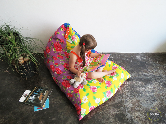 Pillows -  Little Details to make your child's reading nook magical | @addisonreads | www.addisonreads.com