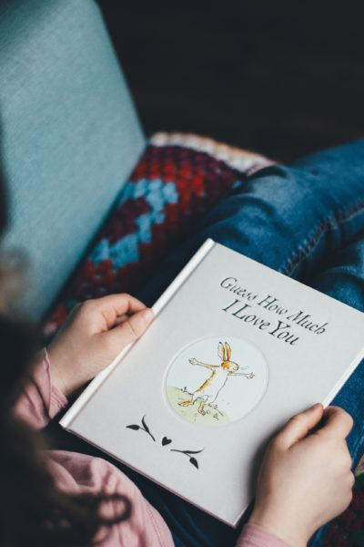 12 Bookish Gift Ideas for Bookworm Kids | Christmas Gifts for Bookworms | Presents for Bookworms | Book Ideas | Christmas Books for Kids | Simplified Christmas | Minimal Christmas | Intentional Gift Giving | Holiday Gift Guides | Kids books for Christmas | Thoughtful gift ideas for kids | Non-toy gifts @addisonreads